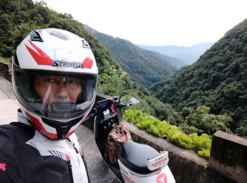 骑着雅迪丈量祖国的青山绿水,宋健挑战10000公里吉尼斯世界纪录