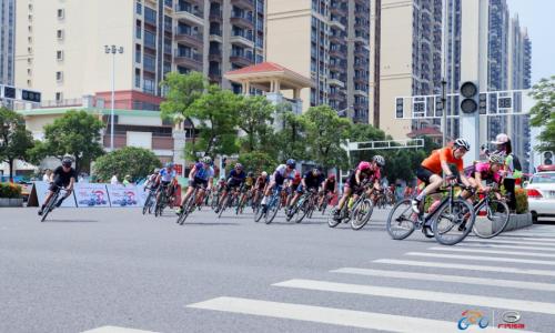 第二届环大湾区自行车赛首站佛山高明顺利举行